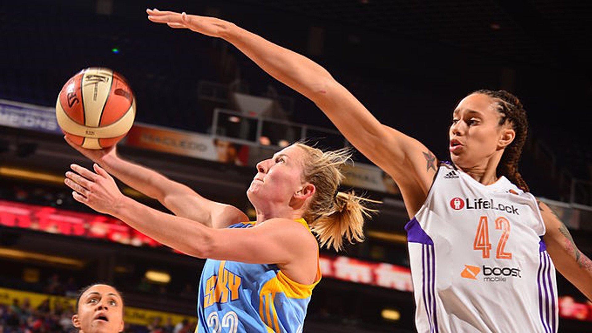 COURTNEY_VANDERSLOOT